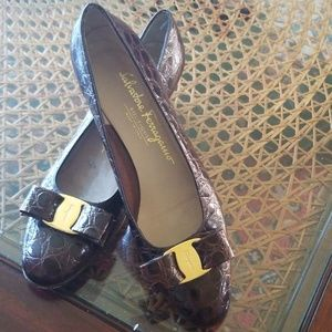 Preowned shoes salvatore Ferragamo bow pumps